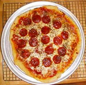 Albert Grande's pepperoni pizza for pizzatherapy.com