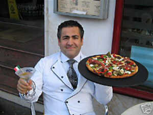 Chef Dominic Crolla with the Pizza Royale